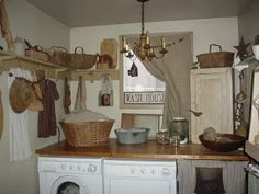 Prim Laundry room- if only mine looked like this....