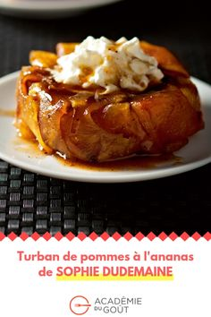 Joel Robuchon, Turban, Chefs, Baked Potato, Baking, Cake, Ethnic Recipes, Food, Deserts