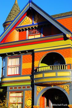 Colorful Victorian House In Haight Ashbury   www.mitchellfunk.com
