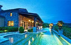 #evening swim anyone? Villa Malibu has a #great #poolside