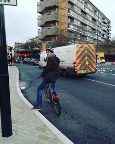 Massa pedalar numa cidade que incentiva o ciclismo! by lucasdifreitas
