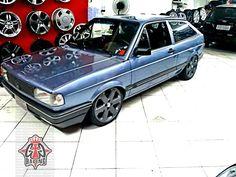 """Gol quadrado rebaixado azul no aro 17""""   blue dropped VW Gol / Pointer with 17"""" rims"""