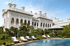10 Spectacular Palace Hotels in India
