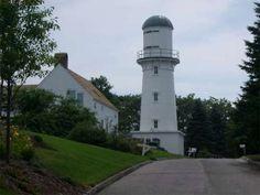 Cape Elizabeth Lightalso known asTwo Lightsis alighthouse Cape Elizabeth Maine US43.563611, -70.200000Photo light 2