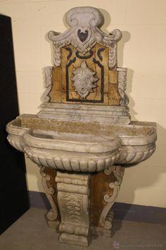 Fuente de mármol tallada en el siglo XX - Foto 1