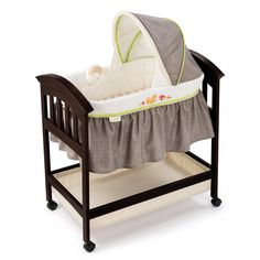 Summer Infant Classic Comfort Wood Bassinet in Fox and Friends | Overstock™ Shopping - Big Discounts on Summer Infant Bassinets