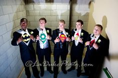 i'm pretty sure my boyfriend would LOVE to do this...especially if he had the batman shirt...