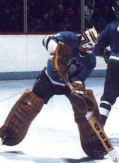 Dennis Heron - Pittsburgh Penguins Pens Hockey, Ice Hockey Teams, Hockey Games, Pittsburgh Penguins Goalies, Pittsburgh Sports, Hockey Helmet, Hockey Goalie, Nhl Season, Goalie Mask