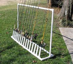 Free plans and pictures of PVC pipe project for holding fishing rods. Free plans and pictures of PVC pipe project for holding fishing rods…. Fishing Pole Storage, Fishing Pole Holder, Pole Holders, Fishing Rods, Fishing Stuff, Fishing Cart, Kayak Fishing, Kayak Storage, Crappie Fishing
