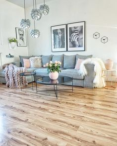 Sofa U0027Newmanu0027 Im Wohnzimmer Der Bloggerin Easyinterieur | Interiors, Room  And Living Place