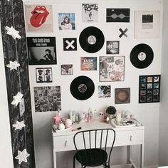 Izuku Midoriya, an 'innocent' 16 year old student, has a dark secret … Edgy Bedroom, Grunge Bedroom, Music Bedroom, Room Ideas Bedroom, Aesthetic Bedroom, Small Room Bedroom, Rock Bedroom, Bedroom Decor, Cool Rooms For Teenagers
