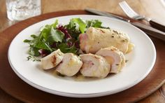Γεμιστό κοτόπουλο με ζαμπόν και τυριά | Newsbeast