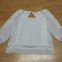 American Eagle top This top has sheer sleeves,  sheer down the side and at the bottom the back and front are cotton very pretty American Eagle  Tops Blouses
