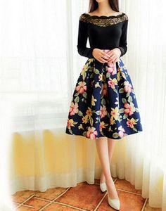 Women Dark Floral Prints Pattern Pleated Umbrella Skirts 2016 Female New Fashion Vintage Skirt Midi Floral Skirt Outfits, Pleated Skirt Outfit, Floral Pleated Skirt, Dress Skirt, Floral Skirts, Pleated Skirts, Flared Skirt, Skirt Midi, Skirt Suits
