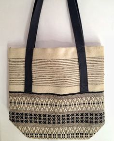 Rosepath totebag; linen warp and wool weft