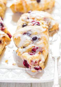 20+ Quick & Easy Back-To-School Biscuit & Scone Breakfasts  #backtoschool #breakfast
