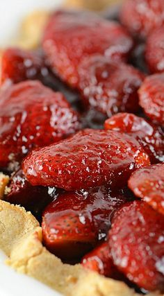 Strawberry Pie (strawberry recipes, desserts)