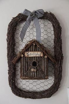 Sirpan maailma Bird Cages, Nature Crafts, Pine Cones, Natural Materials, Basket Weaving, Decoration, Grapevine Wreath, Grape Vines, Diy Beauty