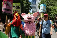 """Toronto realiza mais uma edição da """"Parada do Orgulho Vegano"""""""