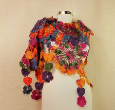 Rainbow's Glare / Crochet Shawl Wrap  Bridal Shrug por lilithist, $175.00