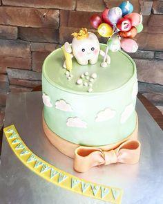 Dişimiz çıktı👼  #mora #moracakes #dis #disbugdayi #dispastasi #dispartisi #disimcikti #cocukpastasi #bakery #patisserie #istanbul #butikpasta #cake #cakebakeoffng #ozelpasta #pastasiparis #1yas #ortakoy #etiler #bebek #ulus