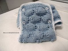 galera: Patrones Nenuco Knitted Dolls, Knitted Hats, Knitting For Kids, Doll Patterns, Baby Dolls, New Baby Products, Diy And Crafts, Lace, Barbie