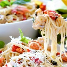 Spaghetti with Pinot Grigio and Seafood - perfect for a summer dinner