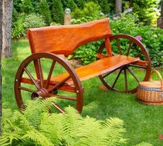 Garden Projects, Garden Tools, Kids Picnic Table, Craftsman Decor, Vintage Hotels, Wagon Wheel, Seashell Crafts, Outdoor Furniture Sets, Outdoor Decor