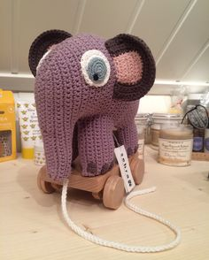 Tidlig en morgen, koselig kaffekompis😃 Crochet Hats, Knitting Hats
