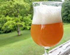 New England IPA is all the rage these days. The recipe critique threads on reddit seem dominated by them. And rightfully so, as these juicy drinkable hop potions bring IPA into nearly every beer dr…