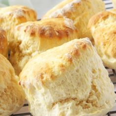 A light fluffy �High Rise Biscuit recipe.. High Rise Biscuits Recipe from Grandmothers Kitchen.