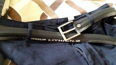 Cintura realizzata con copertoni di bici da corsa. #cintura #moda #copertoni #copertonibici #copertonimichelin #michelin #cinturamichelin #cinturacopertoni