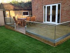 Manufacture Glass Balustrades. UK Glass Balustrades Online