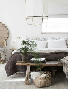 My budget bedroom refresh / Photo and production Niki Brantmark - My Scandinavian Home. In collaboration with Benson for Beds. Modern Room, Home Bedroom, Bedroom Refresh, Budget Bedroom, Bedroom Interior, Home Decor, House Interior, Bedroom Inspirations, Home Interior Design