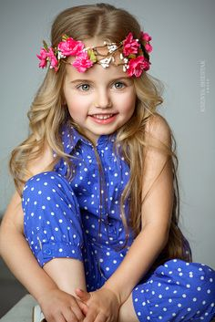 Make this headband for photo shoot Little Girl Fashion, Kids Fashion, Little People, Little Girls, Cute Kids, Cute Babies, Newborn Girl Headbands, Little Fashionista, Child Models