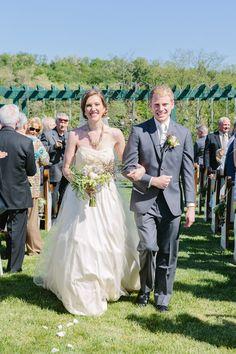 Bride and Groom, Ceremony, Wedding Photography, Portrait. Destiny Hill Farms. Photo: Lauren Renee Designs