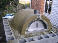 DIY Pizza Oven...ALSO CHECK OUT THE ATTACHED BOARD FOR OTHER PIZZA OVEN IDEAS