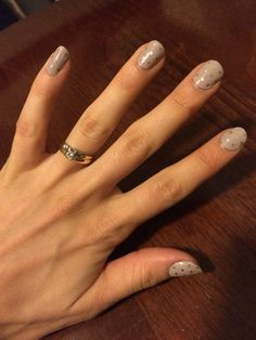 Icy Taupe Polka. 7 days and still going strong! #jamicure