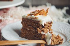 how to make vegan carrot cake with cream cheese frosting | RECIPE on hotforfoodblog.com