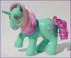 Fizzy twinkle eyed pony 1985-86  this is the my little pony that i know. not these anorexic looking ones that are popular now.