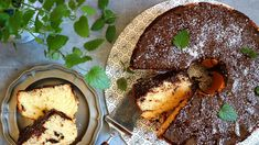 Kokos ačokoláda, to je kombinace, která se nikdy neomrzí. Tahle lahodná avláčná bábovka si zaslouží vaši pozornost. Kefir, Hummus, Chicken, Meat, Cooking, Ethnic Recipes, Food, Kitchen, Essen