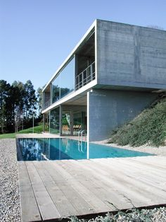 Image 2 of 18 from gallery of House in Perbes / Vier Arquitectos. Courtesy of Vier Arquitectos Concrete Architecture, Contemporary Architecture, Amazing Architecture, Interior Architecture, Modern Contemporary, Design Exterior, Stucco Exterior, Modern Exterior, Casas Containers