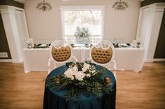 Vintage headtable chairs
