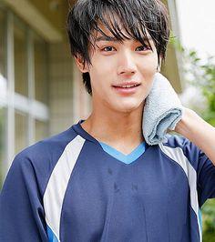 "[Web ad & making clip] http://www.seabreezeweb.com/cm/ ""Love Triangle"" Taishi Nakagawa x Suzu Hirose, Koudai Matsuoka x Suzu, SEABREEZE, Mar/2016"
