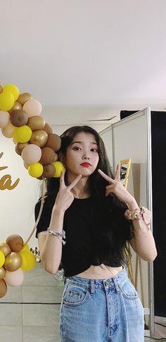 Source by metiglemoulec Fashion wallpaper G Dragon Fashion, Blackpink Fashion, Couture Fashion, Fashion Outfits, Kpop Girl Groups, Kpop Girls, Iu Short Hair, Sister Wallpaper, Night Shirts For Women
