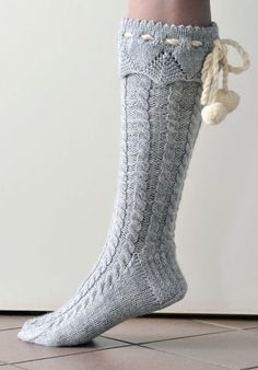 I want some boot socks Cable Knit Socks, Knitted Boot Cuffs, Knit Boots, Crochet Socks, Knitted Slippers, Slipper Socks, Knitting Socks, Hand Knitting, Knit Crochet