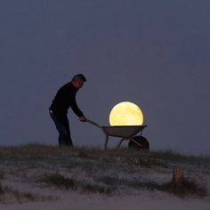 Playing With The Moon - Laurent Laveder