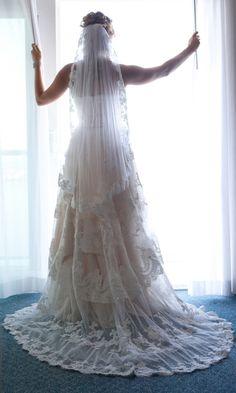 Alencon lace veil - Jen. $200.00, via Etsy.