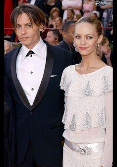 Johnny Depp et Vanessa Paradis le 29 février 2004 à Los Angeles...