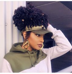 Get this Satin Hat for your natural hairstyles. It also protects the hair. Insta Get this Satin Hat Urban Hairstyles, Hat Hairstyles, Natural Hairstyles, Protective Hairstyles For Natural Hair, Black Hairstyles, Transitioning Hairstyles, Birthday Hair, 4c Natural Hair, Natural Hair Styles For Black Women